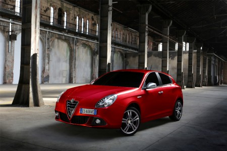 Alfa-Romeo_Giulietta-Sprint_Junior_light