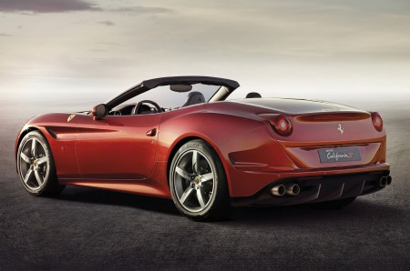 2015-ferrari-california-t-rear-three-quarters-view
