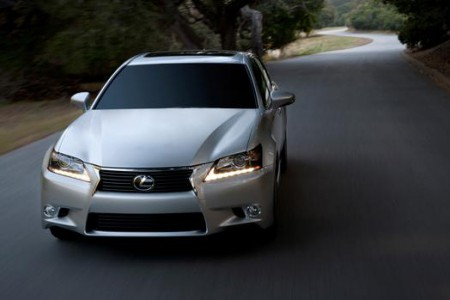 2014_Lexus_GS_350_009_51592_42747_low