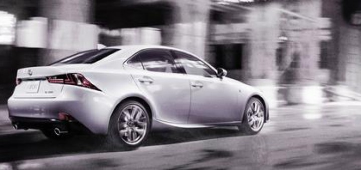 2014LexusIS350FSPORT003_48540_39905_low