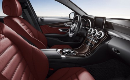 2015-Mercedes-Benz-C400-inline-interior