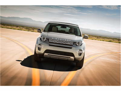 2015_Land_Rover_Discovery_Sport_1