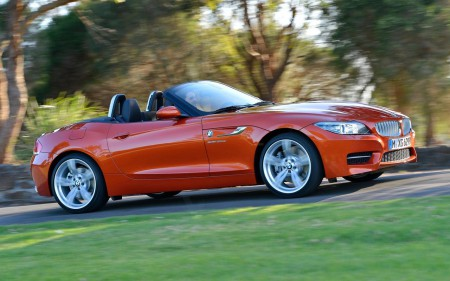 2015-BMW-Z4-Convertible-New-Image