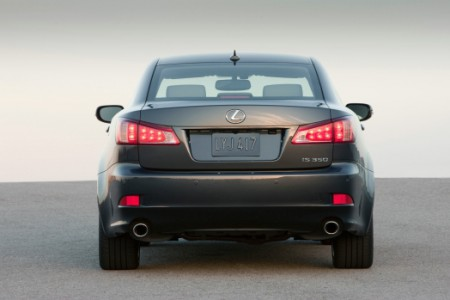 2011_Lexus_IS_350_004-prv