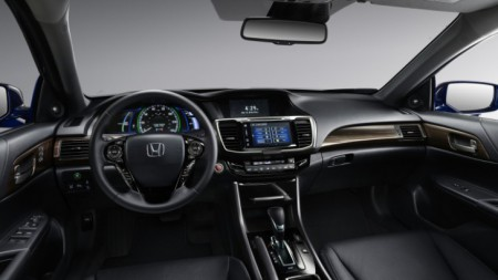 honda-accord-hv-iside1