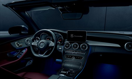 mercedez_cab_interior2